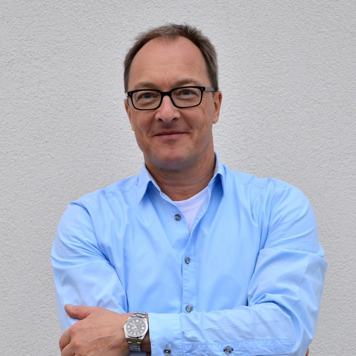 Dr. Stefan Schraag